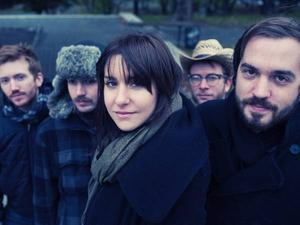 LAURA STEVENSON & THE CANS