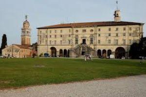 PIAZZALE CASTELLO Udine