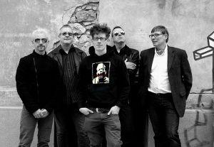 SAD LOVERS AND GIANTS - ROCK BRITANNICO
